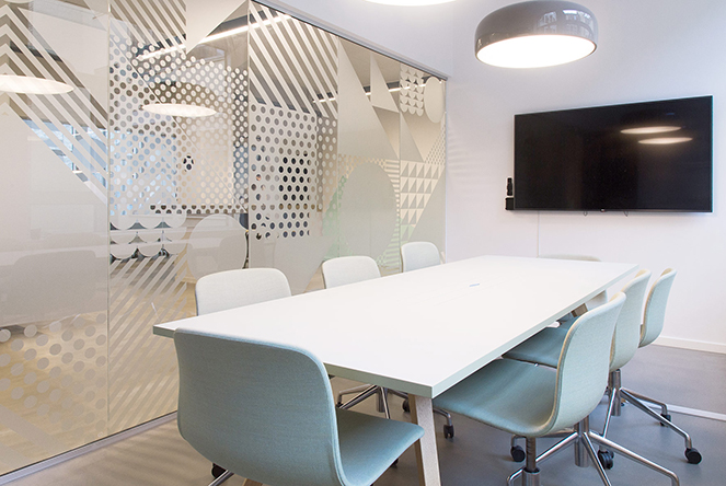 Vegroup project - Modern meeting room